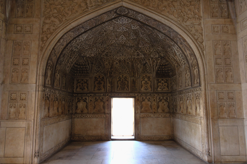 Marble Iwan at Agra Fort