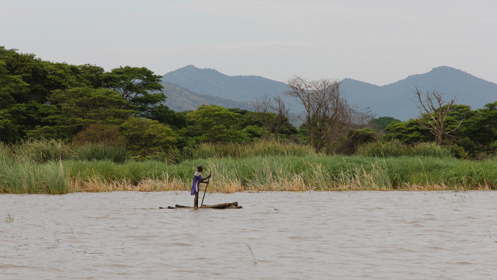 Fisherman on lake Chamo